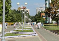 Сиреневый бульвар в Троицке